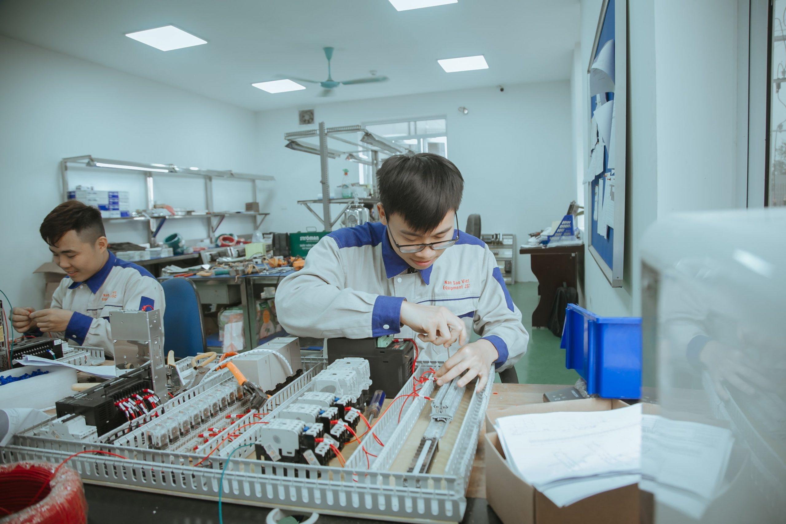 Tinh thần làm việc của đội ngũ nhân sự Năm Sao Việt luôn nhiệt huyết